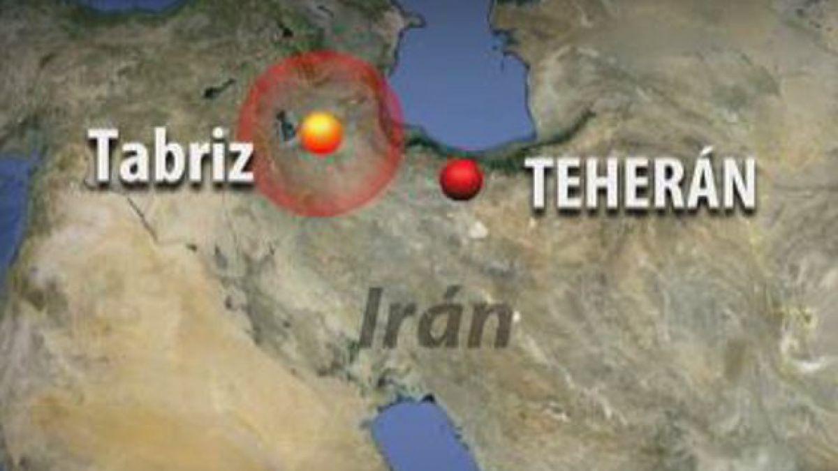 Aumentan a 300 los muertos por doble terremoto en Irán