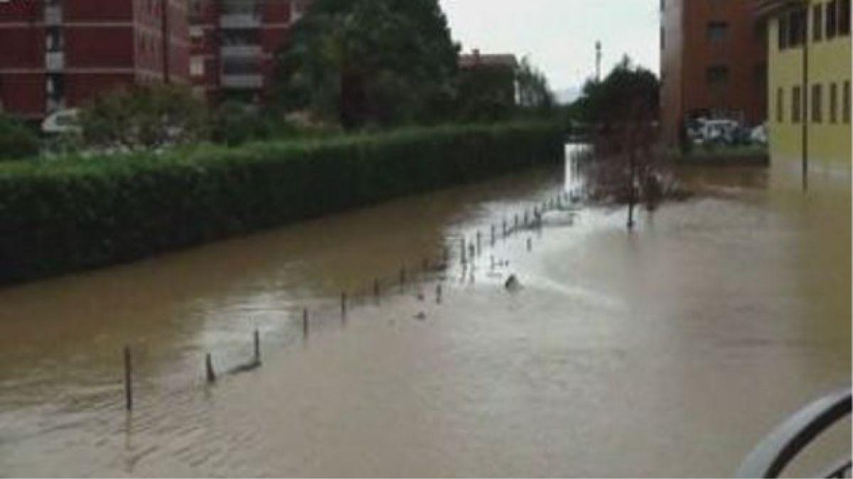 Inundaciones amenazan al sur de Italia