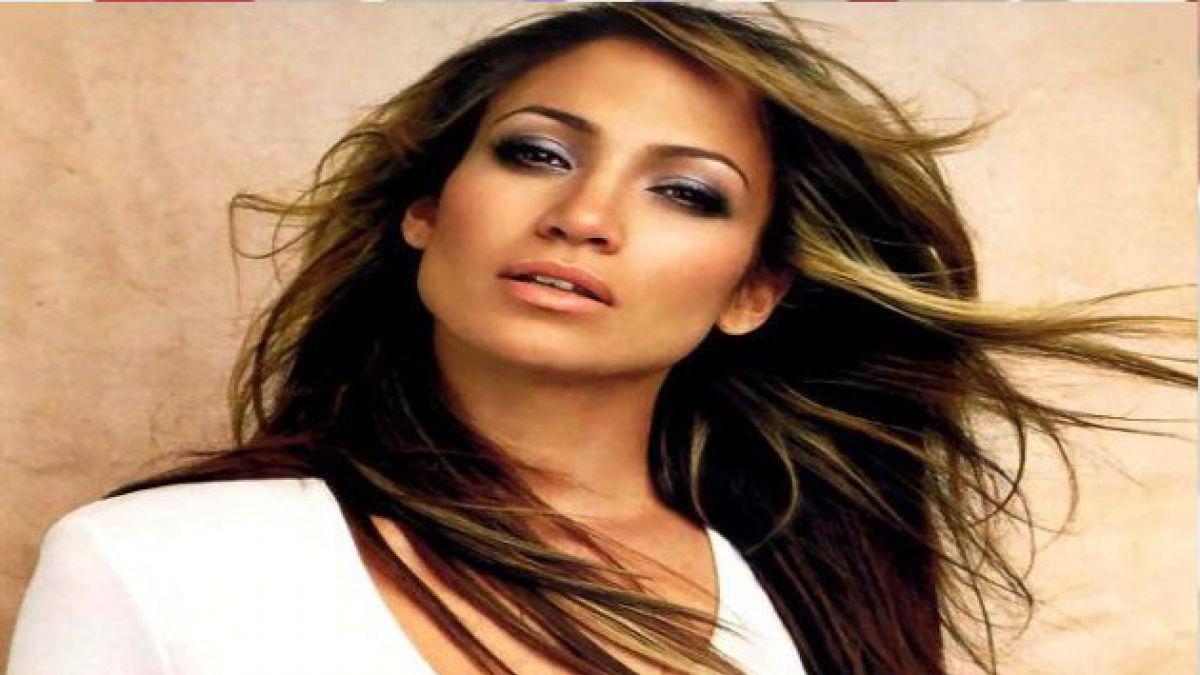 Jennifer Lopez desmiente que se haya casado en secreto