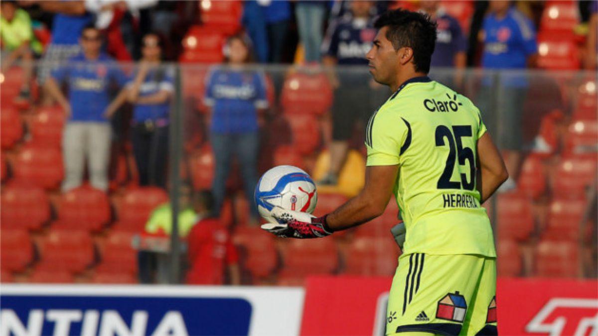 Confirman que Johnny Herrera no viajará a Perú