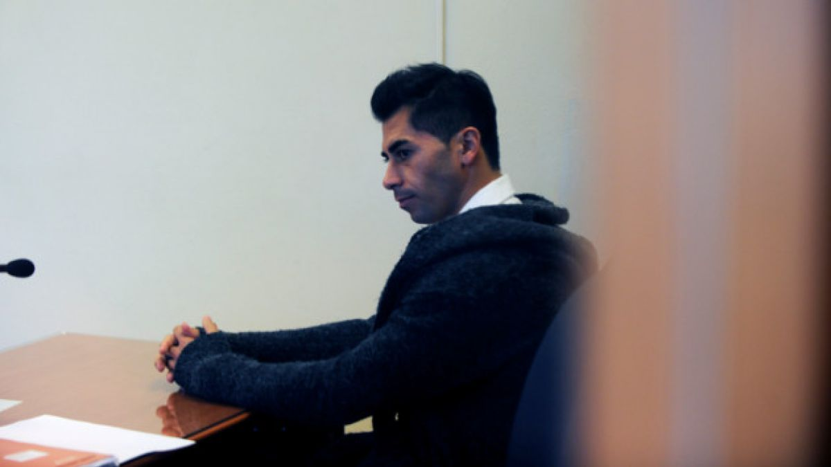 Condena de Johnny Herrera no le impedirá ir al Mundial