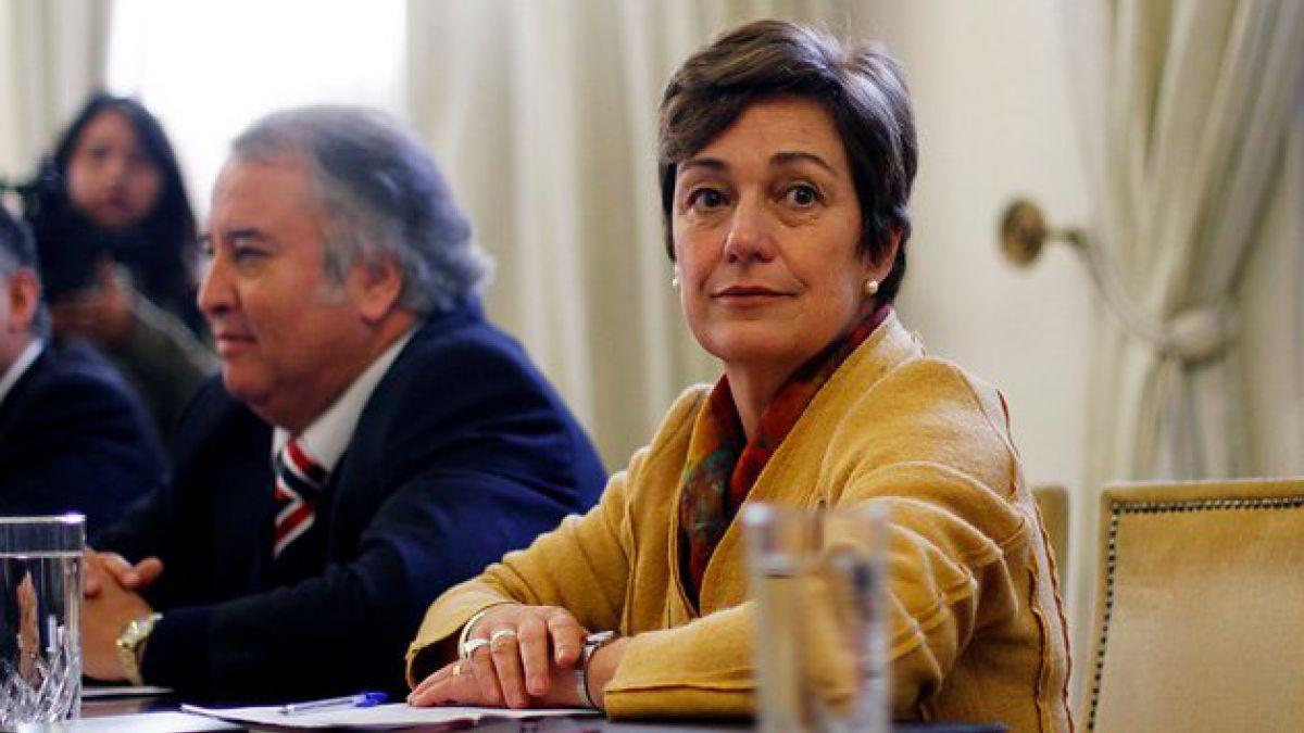 Josefa Errázuriz criticó postura de ministra de Educación