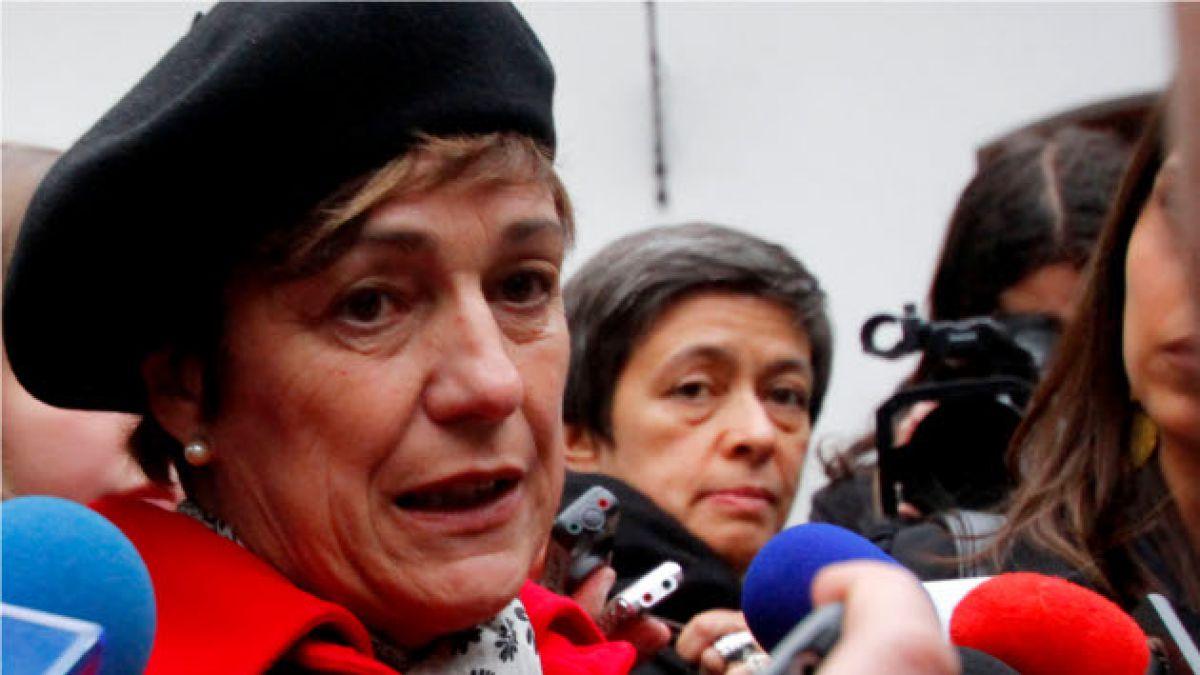 Alcaldesa Errázuriz dijo que decisión de tomas va a ser respetada