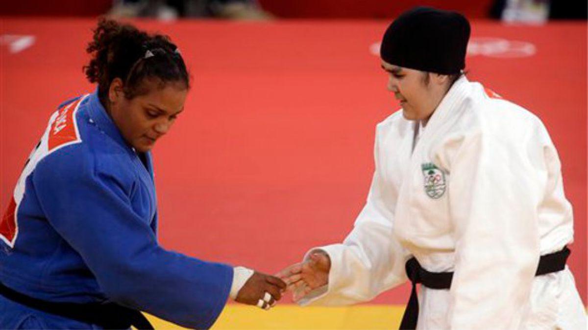 [JJ.OO.] Judoca saudí hace historia