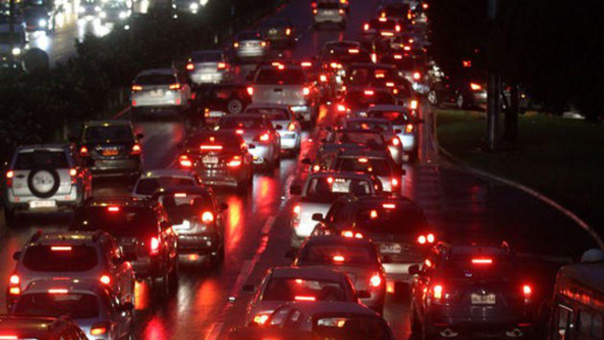Alcalde Delgado: Costanera Norte deberá regresar dineros del TAG por autopista anegada