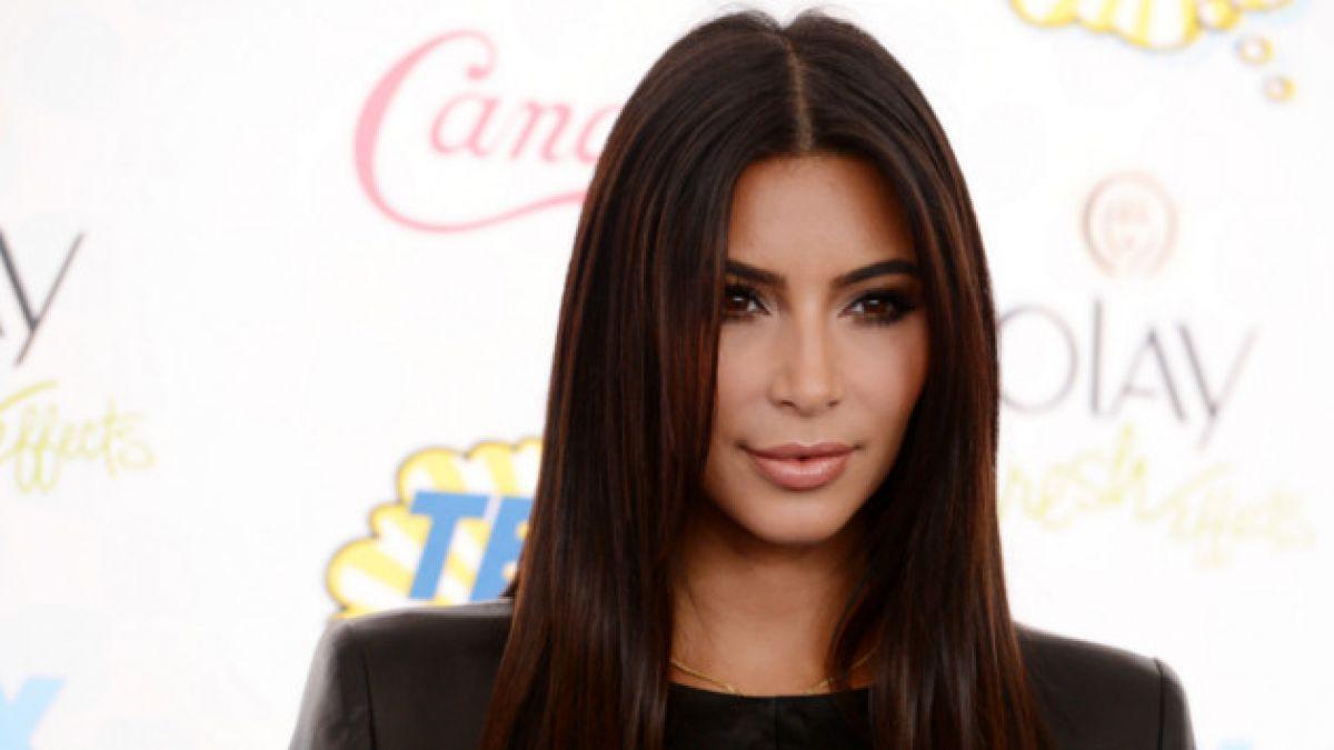 """[VIDEO] Acosador de las """"estrellas"""" reaparece: Ahora atacó a Kim Kardashian"""