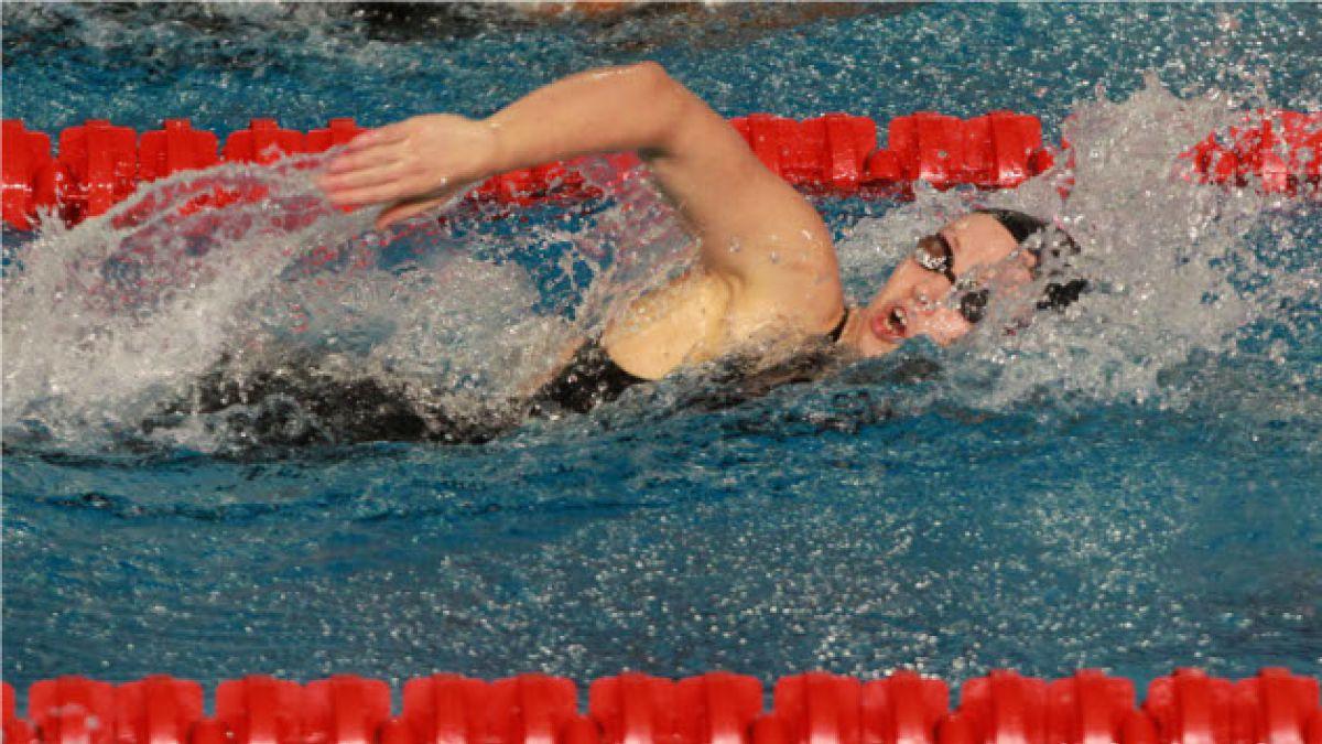 Natación: Kristel Köbrich gana medalla de plata en los 800 mts. estilo libre