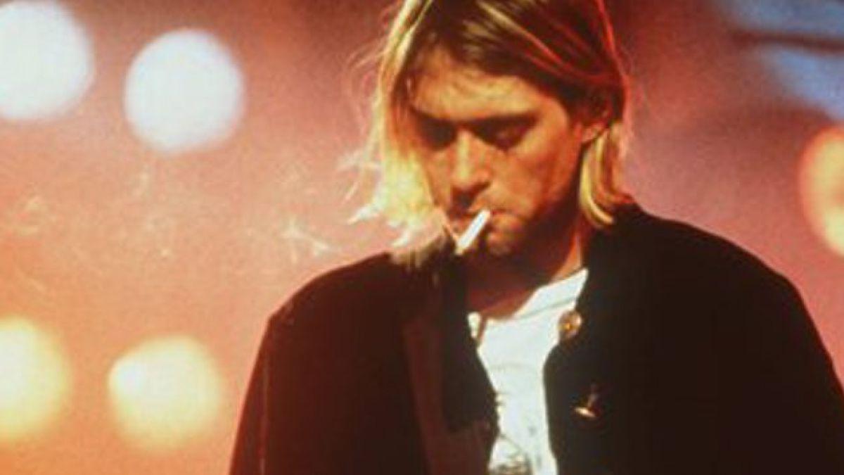 Presentan cuadros inéditos pintados por Kurt Cobain