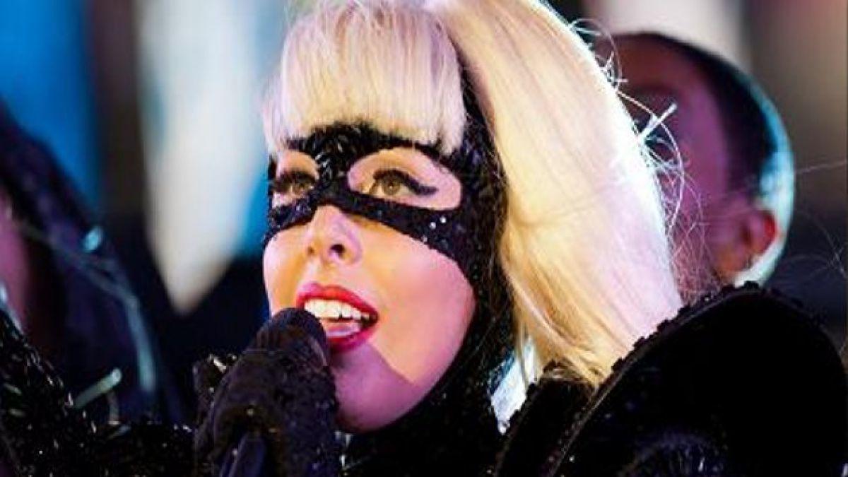 Lady Gaga asegura estar de luto por el mundo
