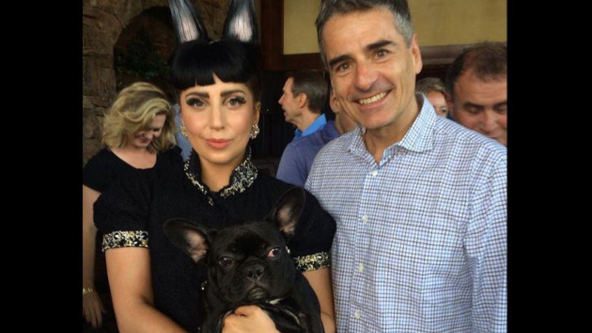 La historia tras el encuentro entre Andrés Velasco y Lady Gaga