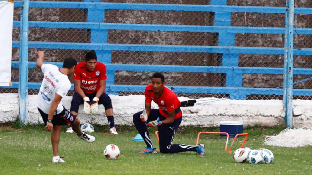 Portero chileno Lawrence Vigouroux confirma su llegada al Liverpool