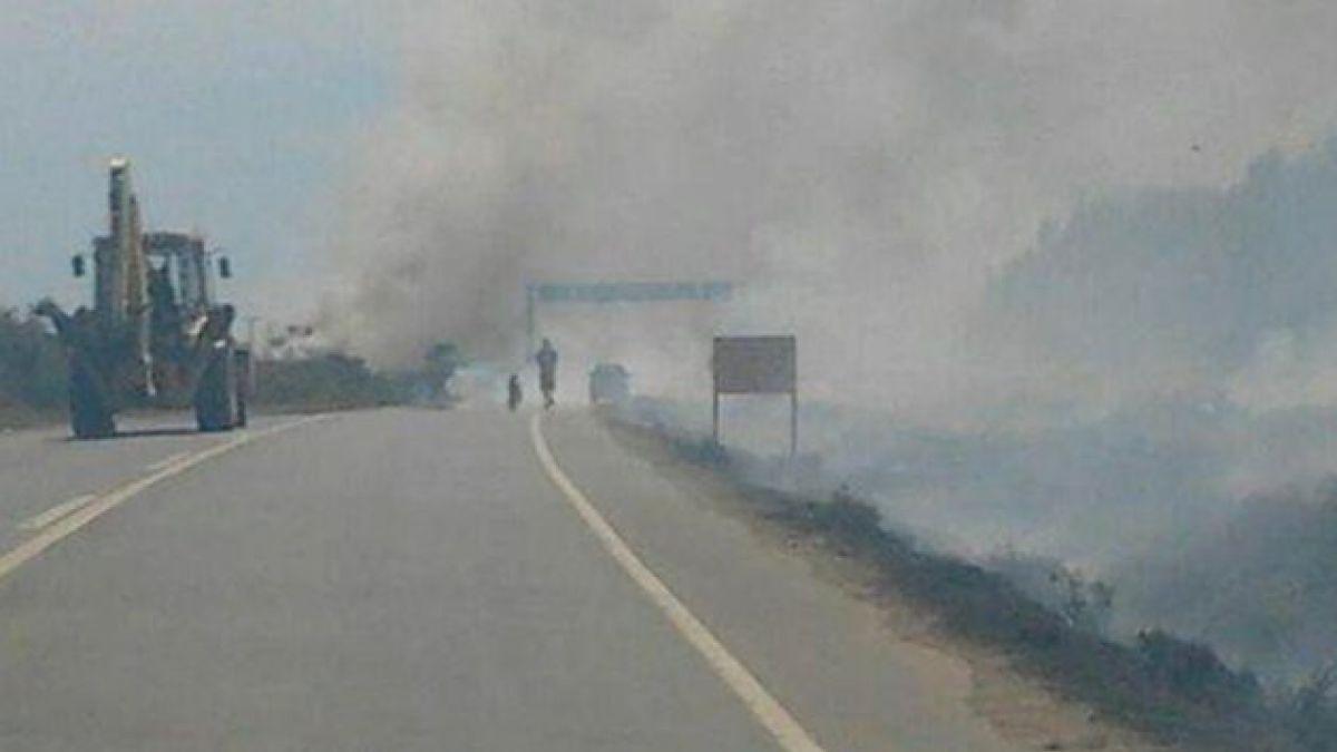Pescadores y comuneros mapuche bloquean Ruta 160 en Lebu