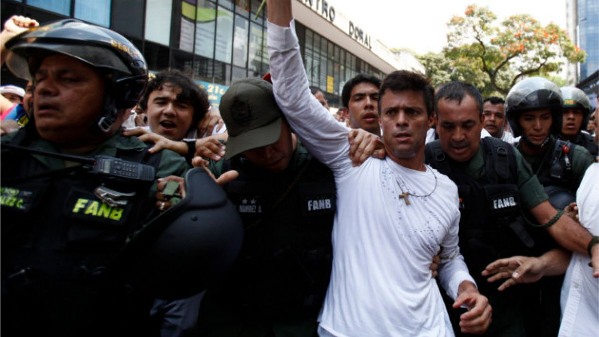 Esposa de Leopoldo López difunde carta que el líder opositor envió tras conocer su sentencia