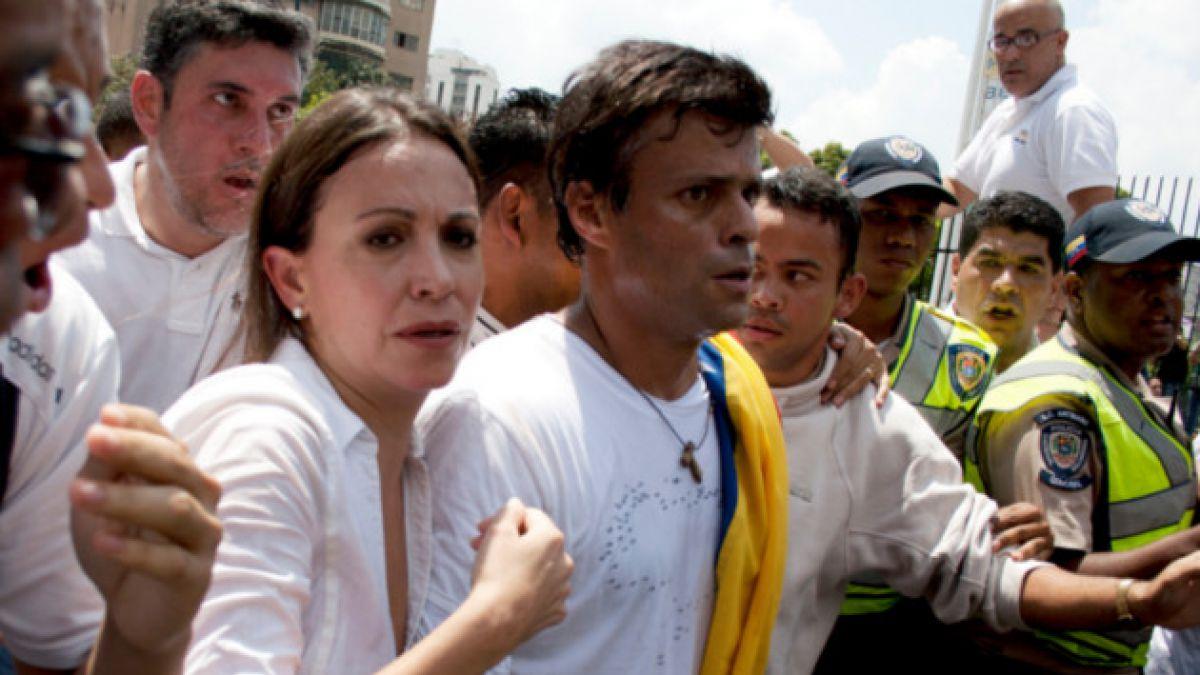 Venezuela: Formalizan a dirigente opositor Leopoldo López por cuatro delitos
