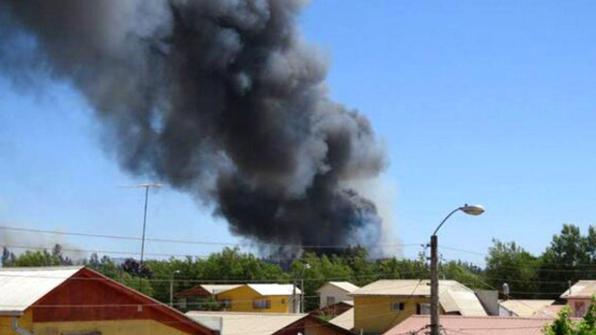 Decretan alerta roja en Limache por incendio forestal