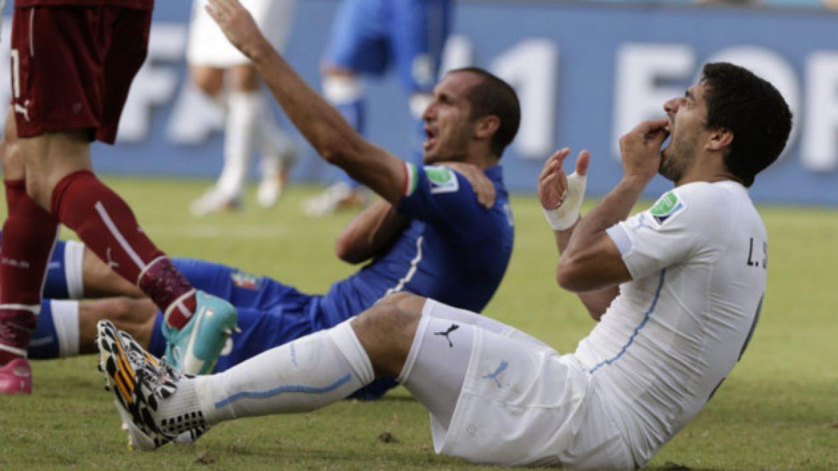 Fifa castiga a Suárez con nueve fechas y 4 meses de suspensión