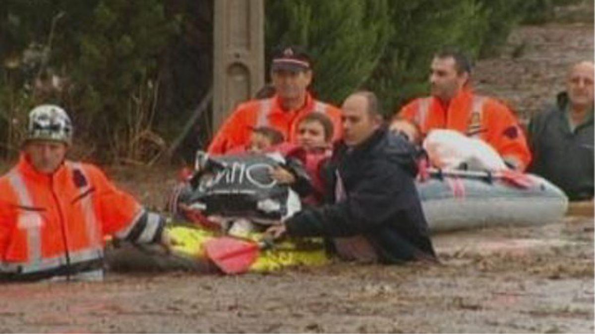 Fuertes lluvias en España dejan un muerto y dos desaparecidos