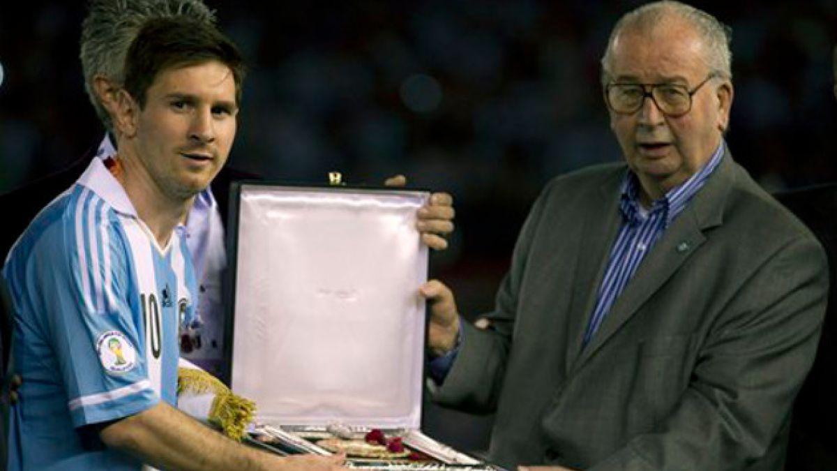 Lionel Messi viaja a Argentina para despedir a Julio Grondona