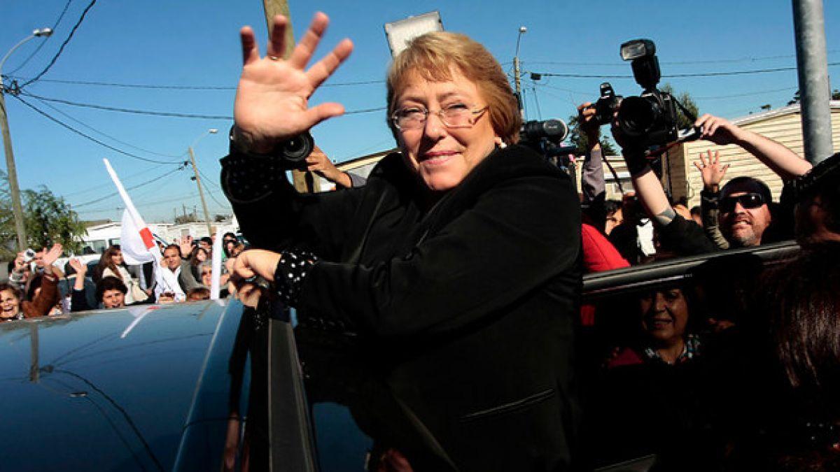 Michelle Bachelet agradece cariño de chilenos en saludo por Año Nuevo