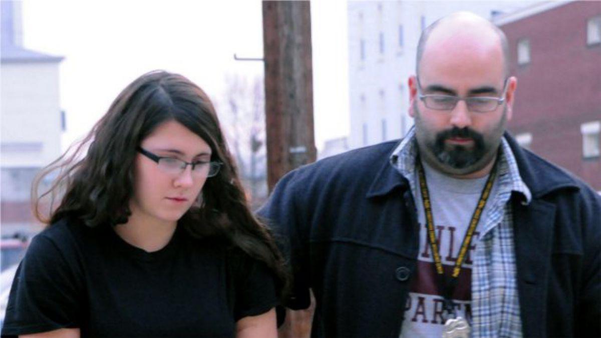La historia de la joven asesina serial que impacta al mundo