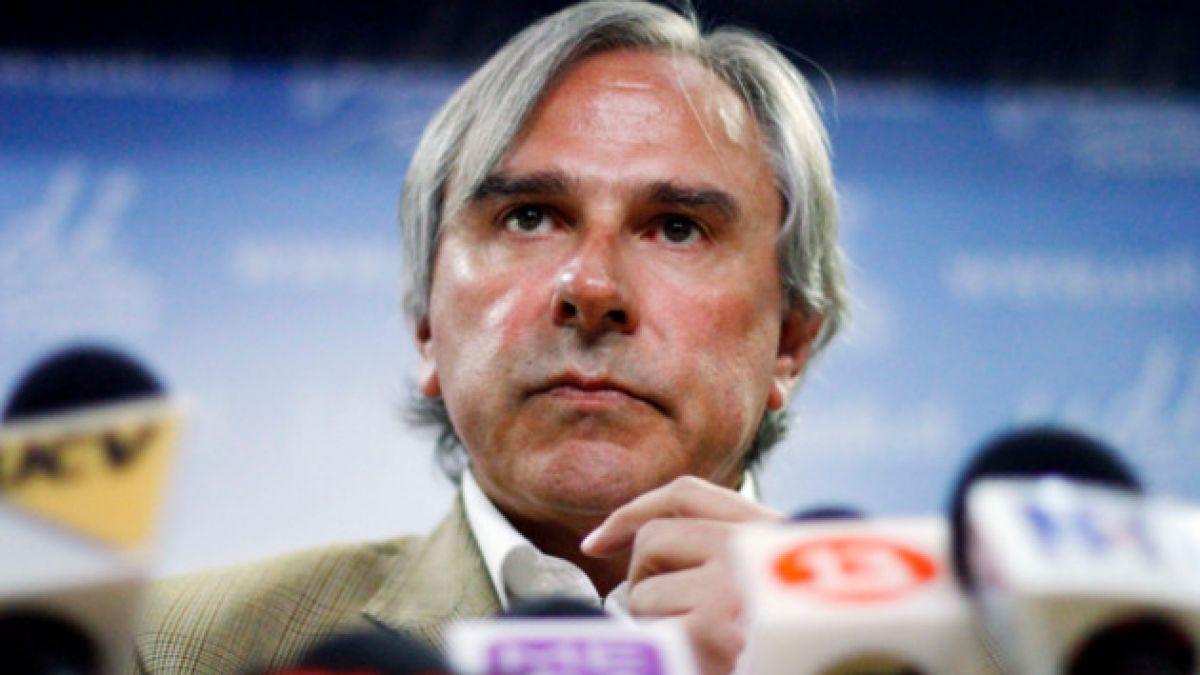 Moreira llama a parlamentarios a recaudar $150 millones para damnificados por incendios