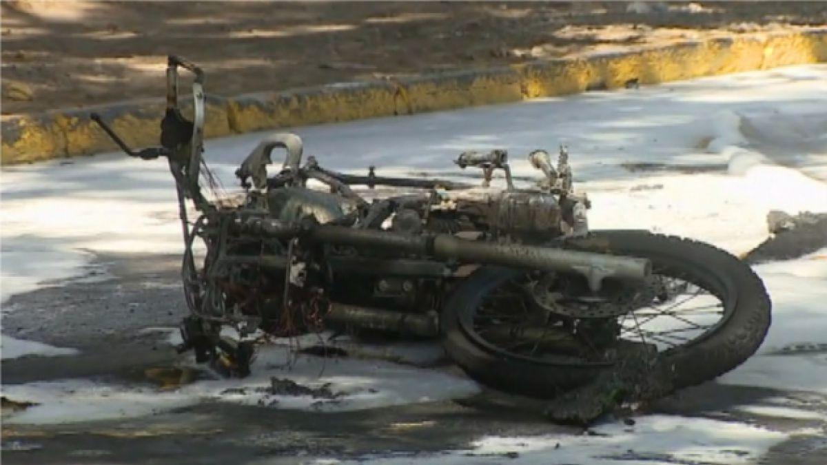 Carabinero resulta quemado tras ataque con bomba molotov en Macul con Grecia