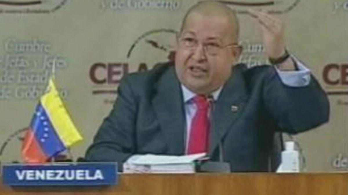 Fuego cruzado en Venezuela por salud de Chávez