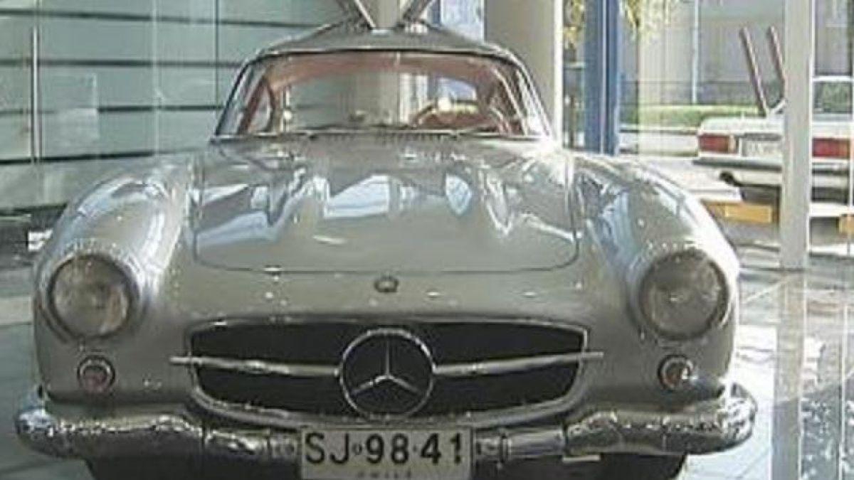 Exhiben clásicos modelos de Mercedes Benz