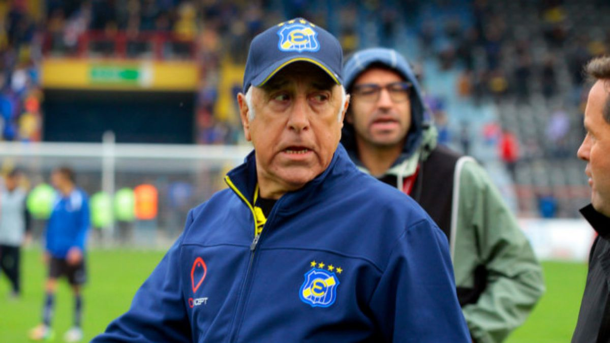 ¿Es Nelson Acosta el técnico más exitoso de la Roja?