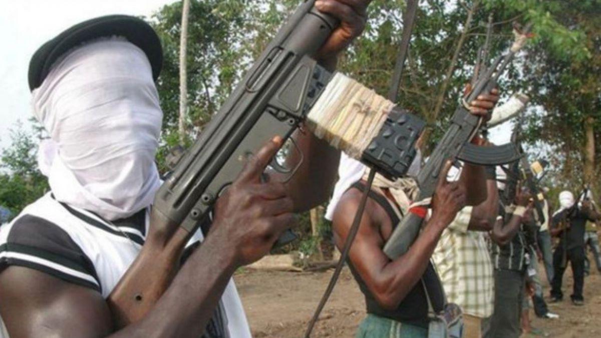Nuevo secuestro masivo en Nigeria: Desaparecieron al menos 90 personas