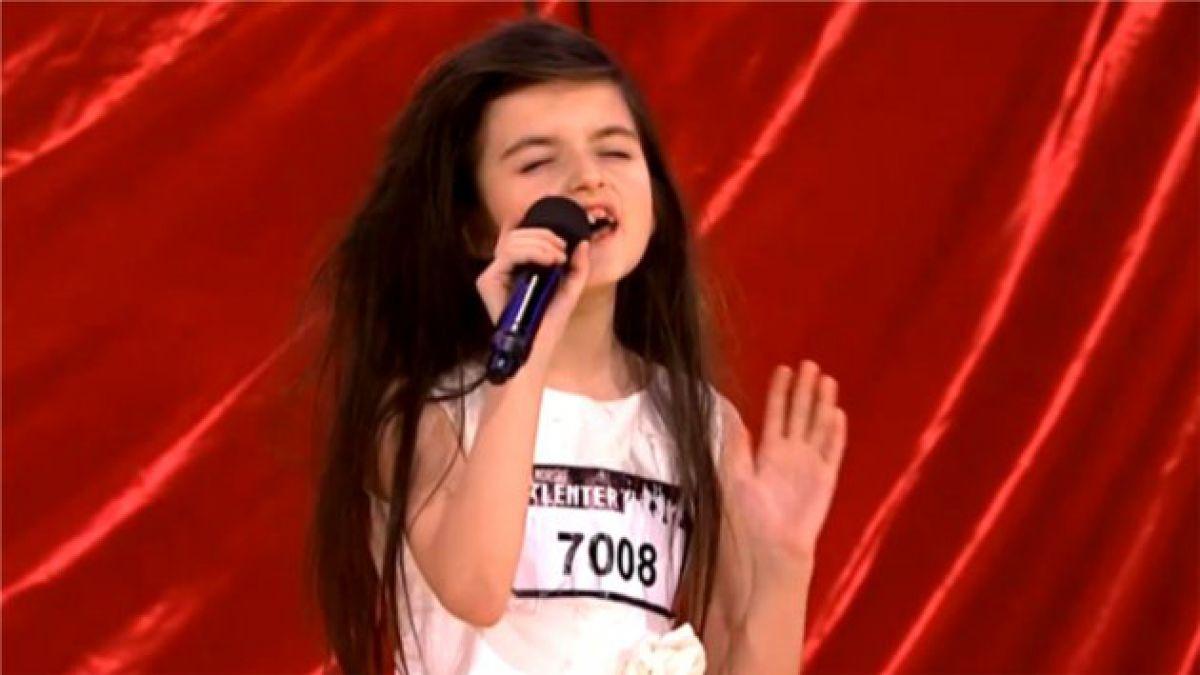 Niña de 7 años impacta con interpretación de tema popularizado por Billie Holiday