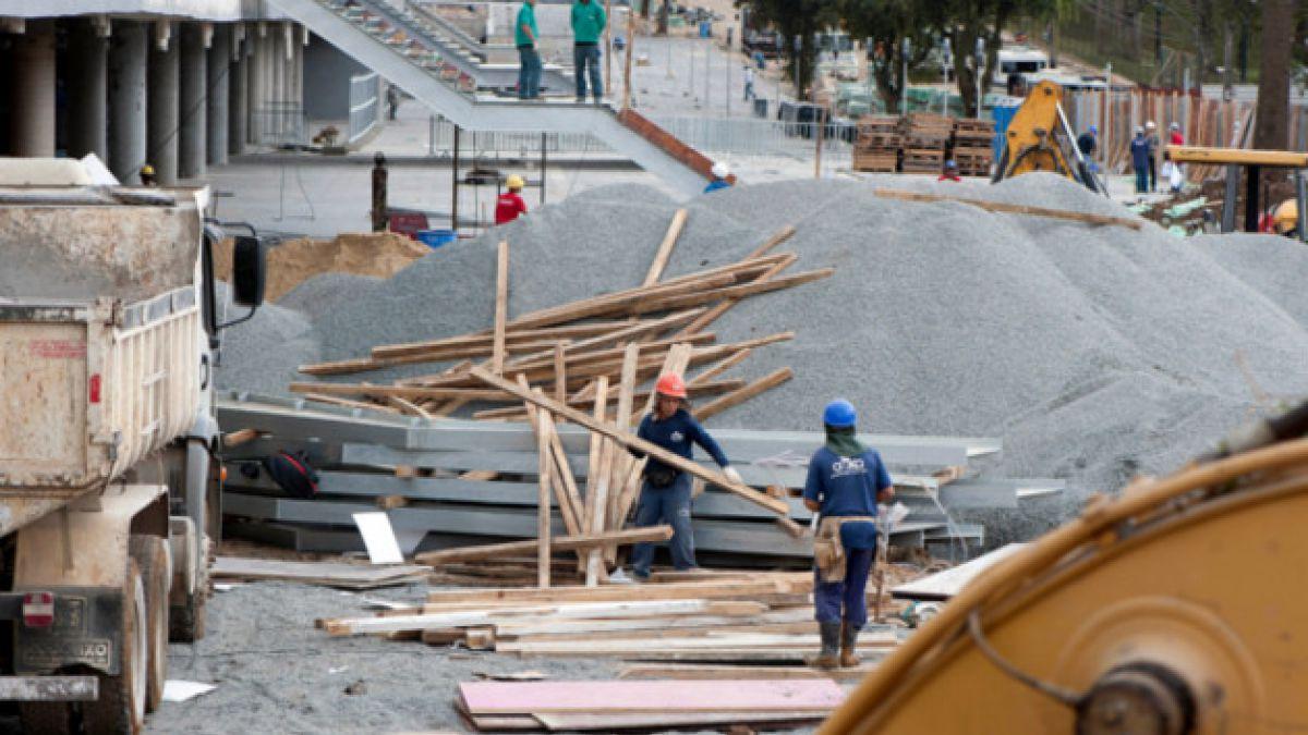 Estudio: Sólo el 45% de obras comprometidas para el Mundial están listas