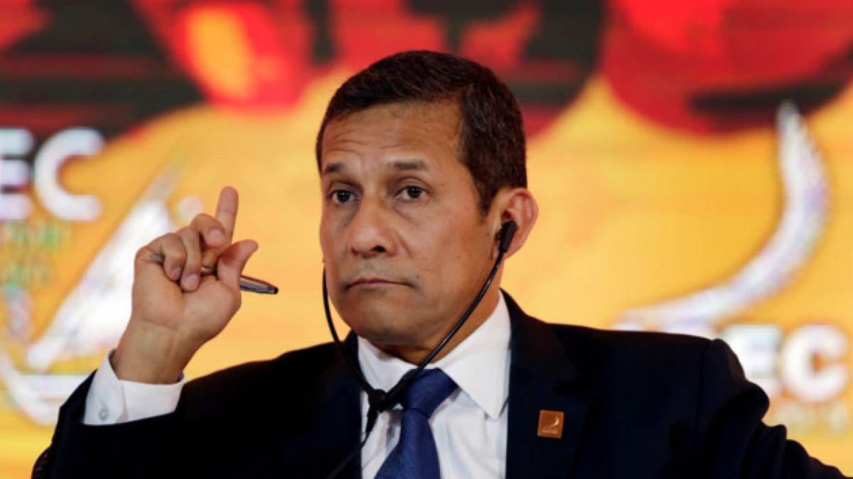 Falla técnica complicó vuelo de Ollanta Humala en Canadá