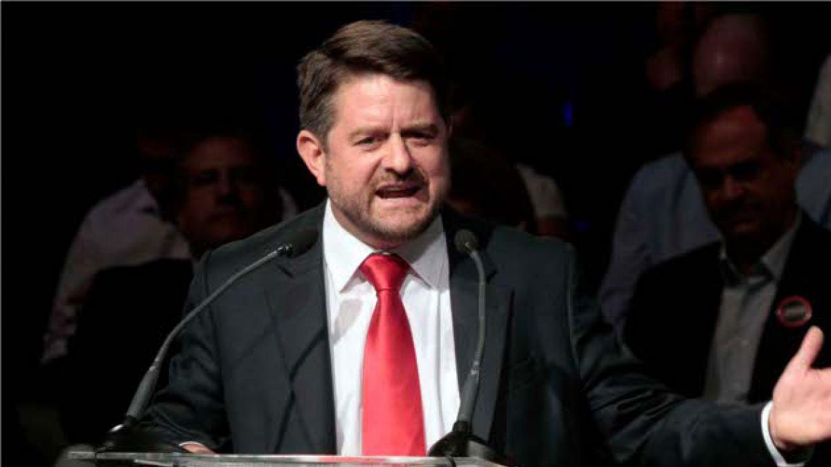 Claudio Orrego cuestiona propuesta educacional de Bachelet