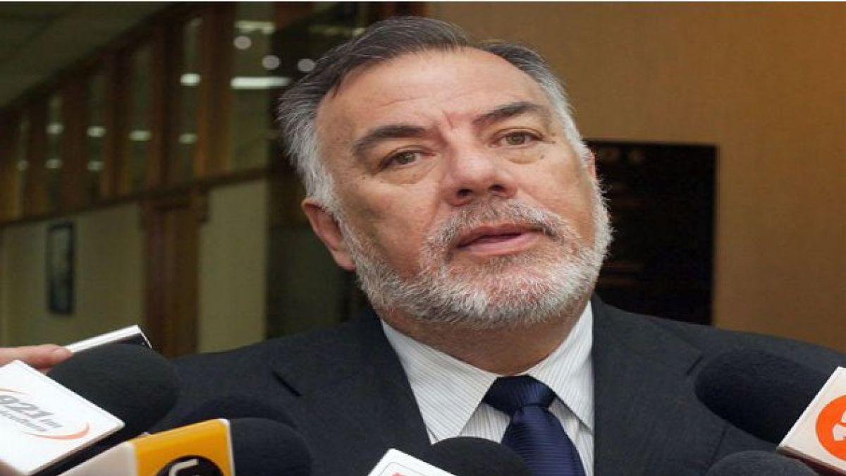 Presidente del Partido Socialista arremete contra Evelyn Matthei