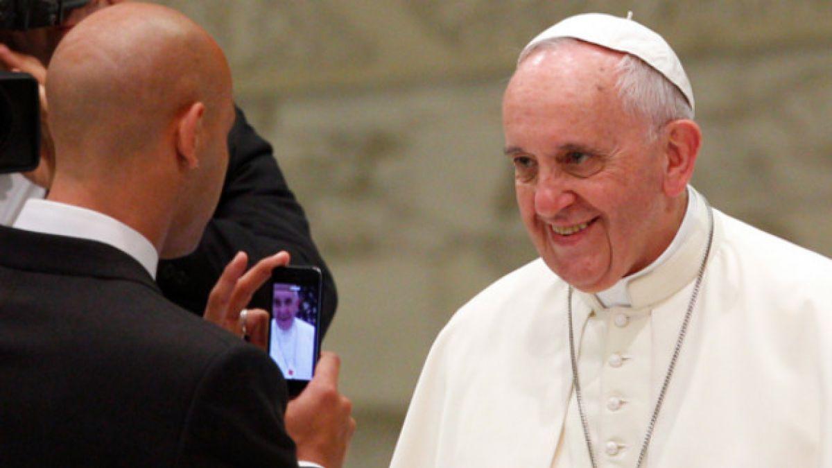 Papa Francisco agradece en público condolencias por muerte de familiares