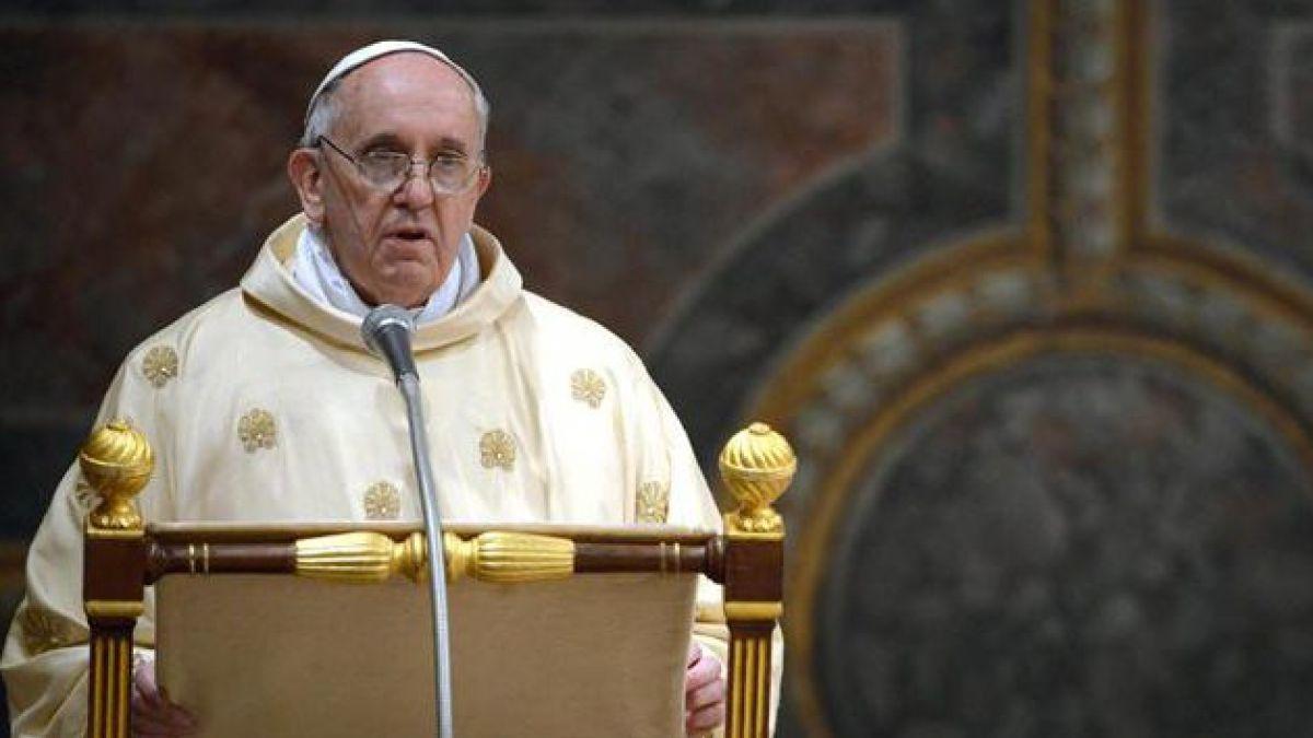 Papa Francisco: la Iglesia arriesga convertirse en una ONG piadosa