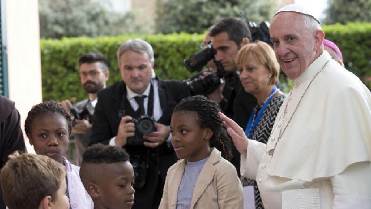 [VIDEO EN VIVO] El Papa Francisco habla con niños de los 5 continentes sobre nuevo proyecto educativ