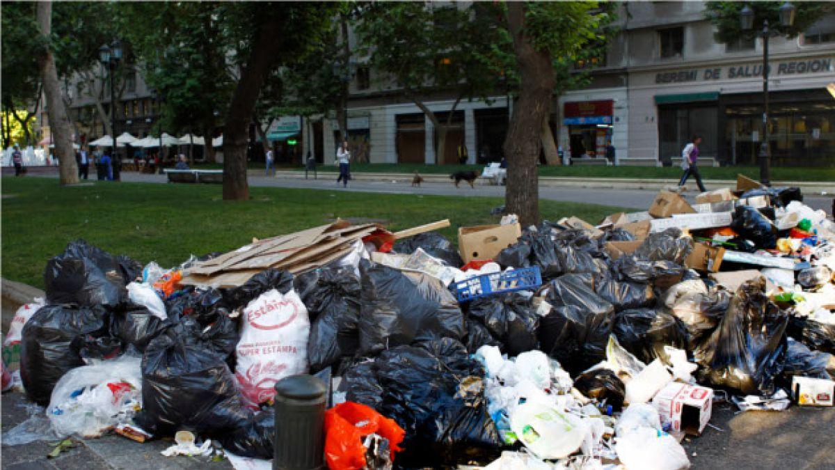 Recolectores de basura podrían iniciar primer paro bajo gobierno de Bachelet este jueves