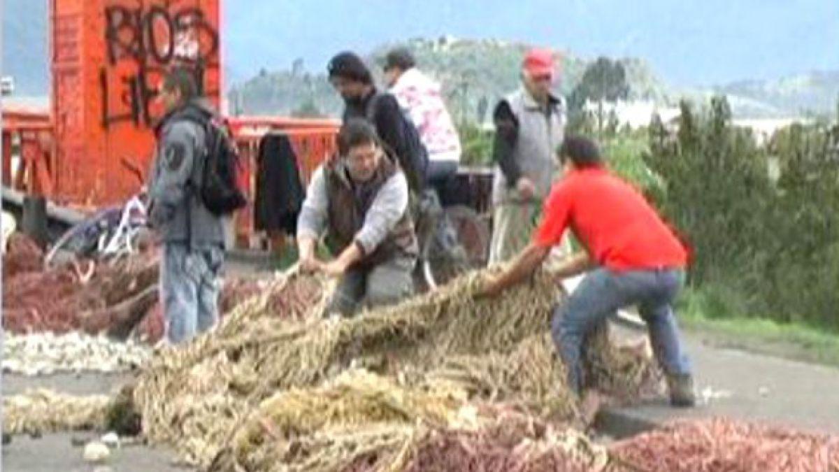 Pescadores de Aysén divididos por diálogo en La Moneda