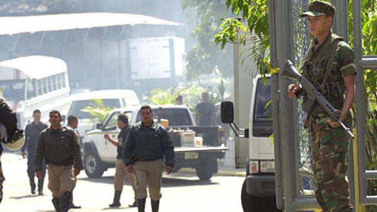 Discusión entre policías venezolanos dejó 3 personas muertas