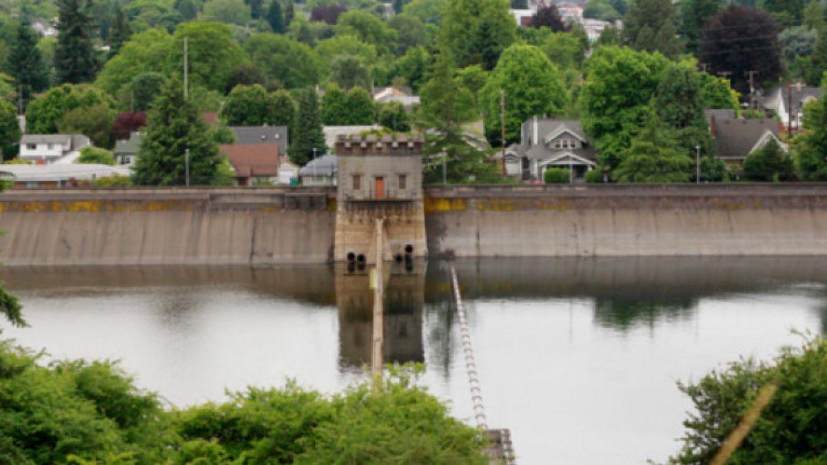 Vaciarán reserva de agua potable en EE.UU. porque hombre orinó en ella