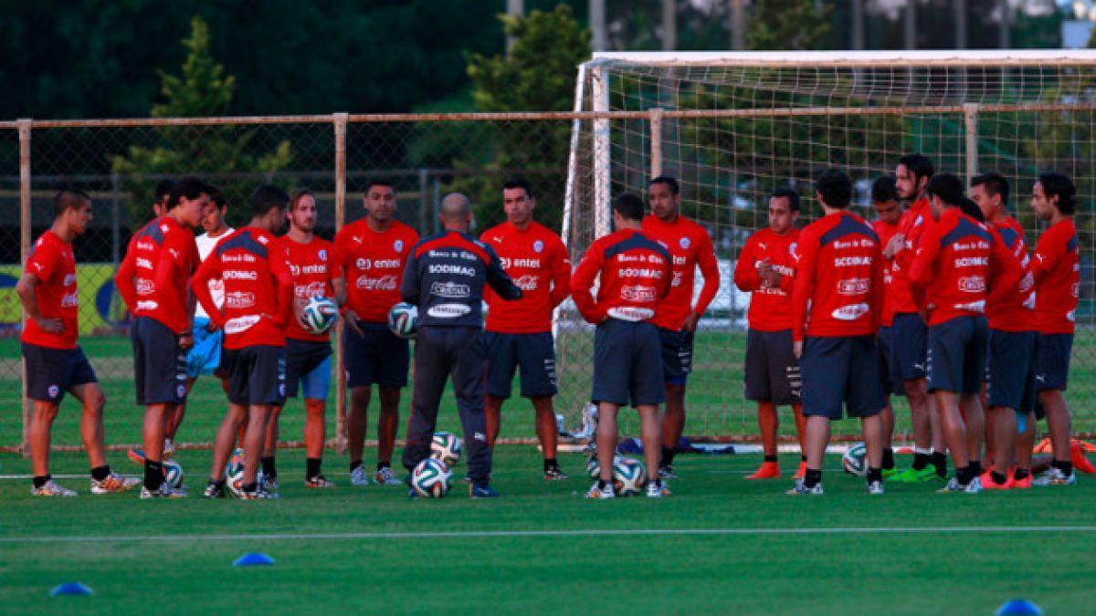 """Gary Medel y Arturo Vidal no participaron en práctica matinal de la """"Roja"""""""
