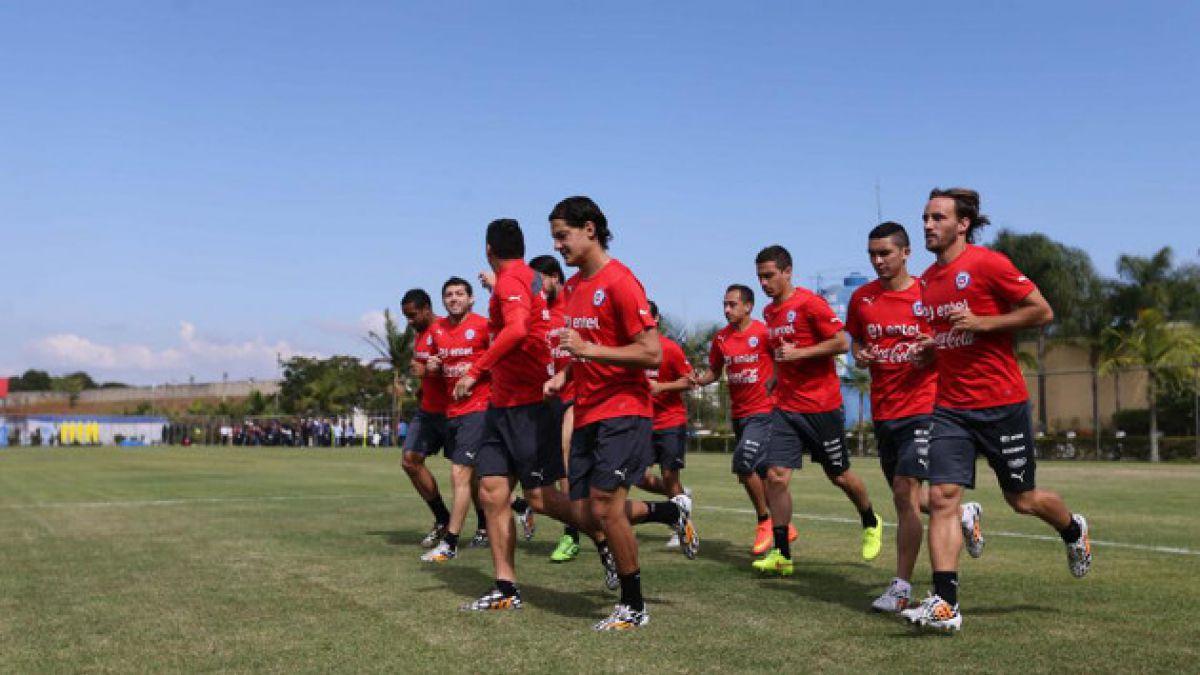 Jugadores de la Roja disfrutan la tarde libre tras triunfo sobre España