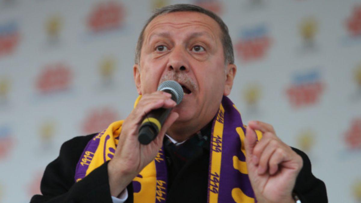Primer Ministro de Turquía critica fallo que obligó a levantar bloqueo de Twitter