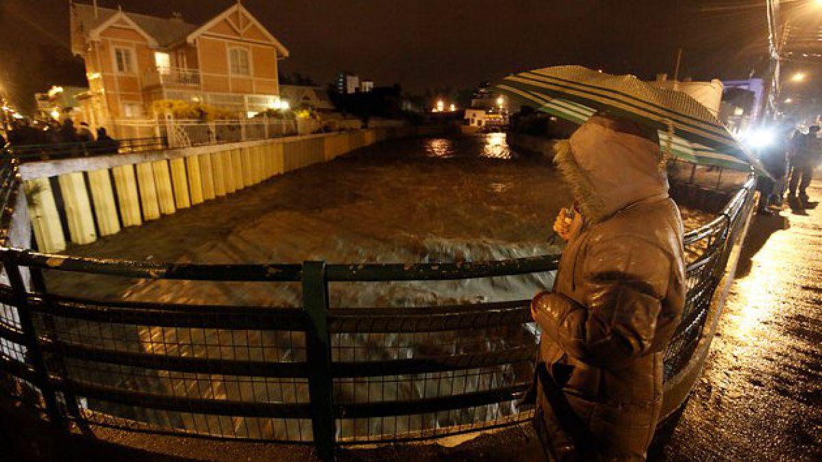 Onemi decreta alerta roja en Punta Arenas por crecida de Río de Las Minas