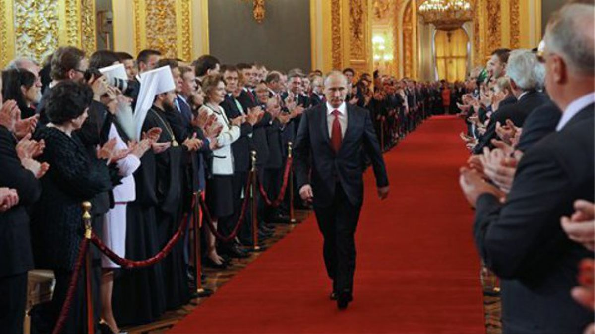 Vladimir Putin asume nuevamente como Presidente de Rusia