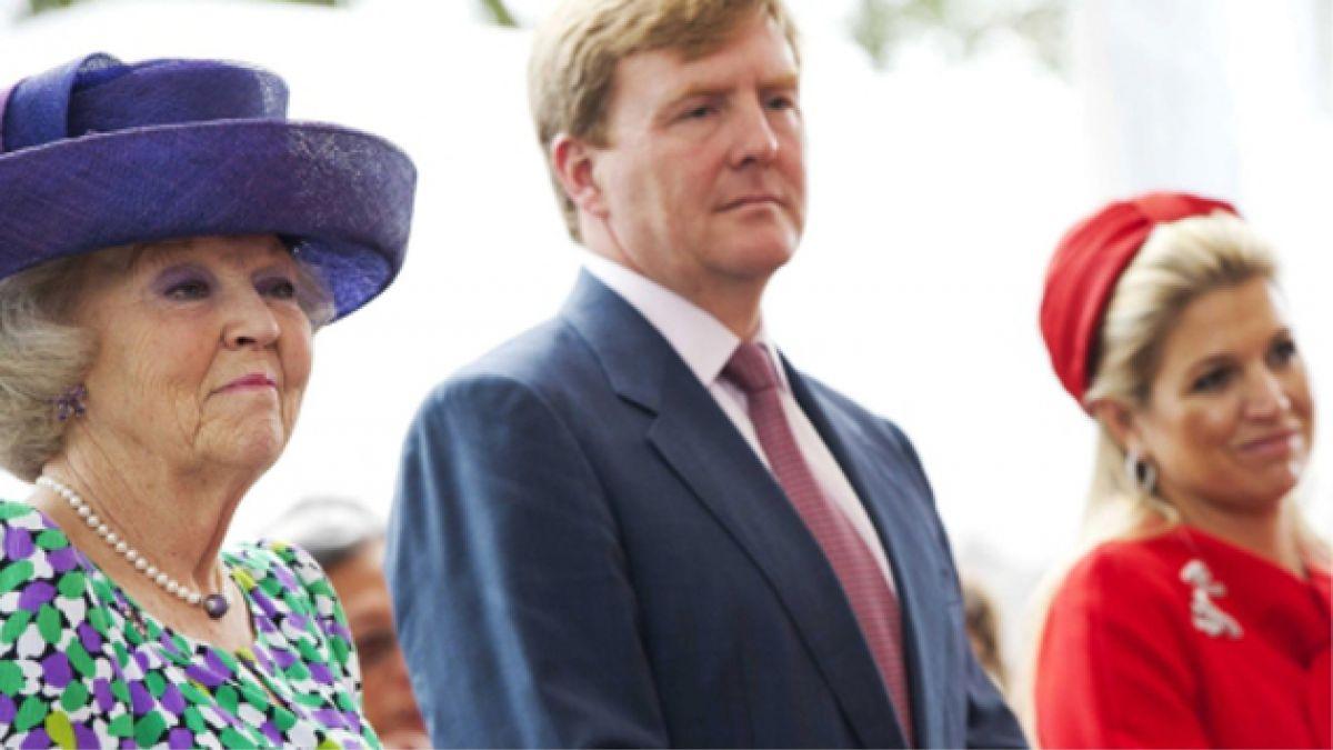 Reina Beatriz cedería el trono de Holanda