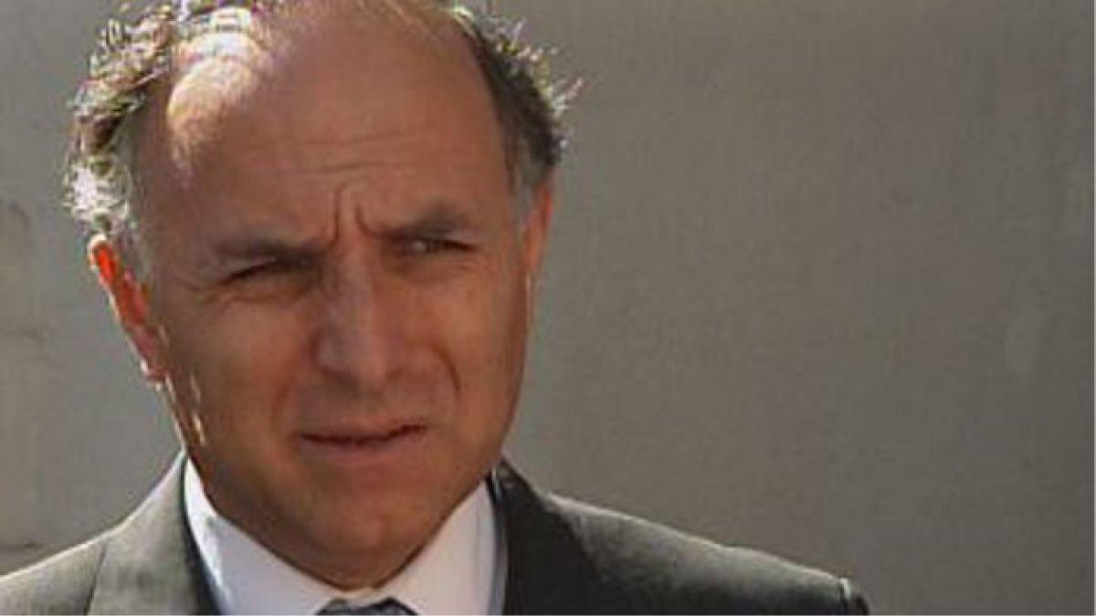 Ex ministro Ribera recibe medalla de la Corte Suprema