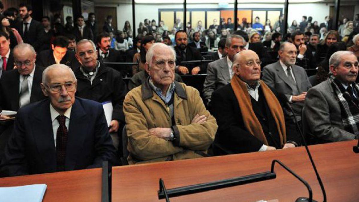Histórica condena contra ex dictador argentino por robo de bebés